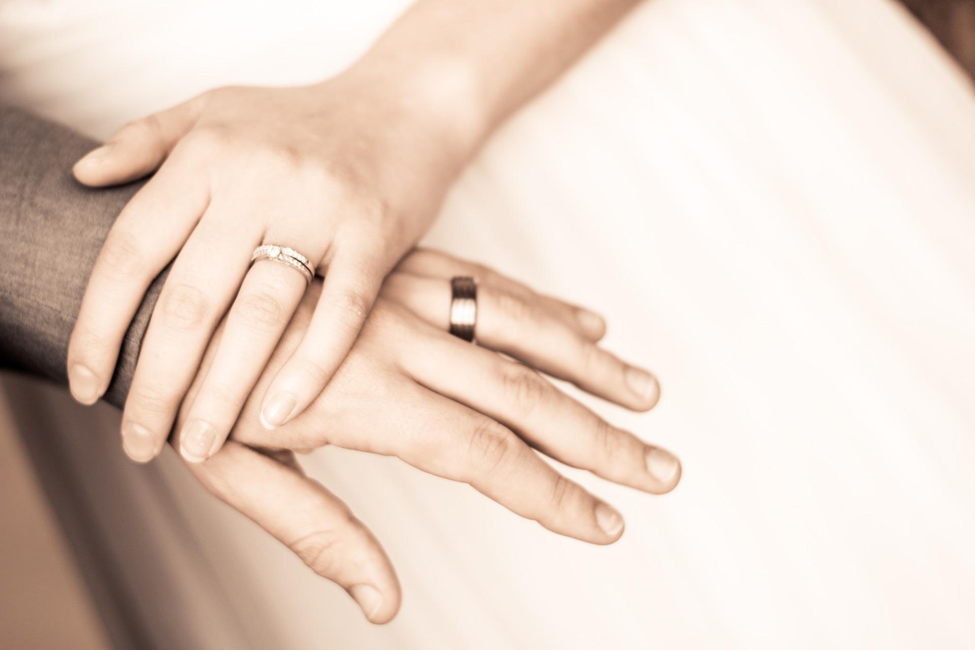 Manželé snubní prsteny