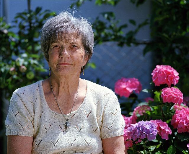 starší paní