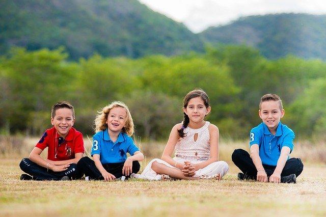 Usmívající se děti